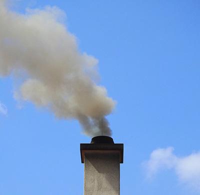 ramonage, debistrage, test fumigène cheminée paris